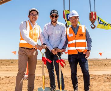 A new solar farm in regional NSW will power over 50,000 households and allow UNSW to become energy carbon neutral by 2020.